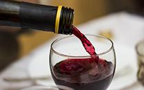 葡萄酒企业加大电商线上线下融合